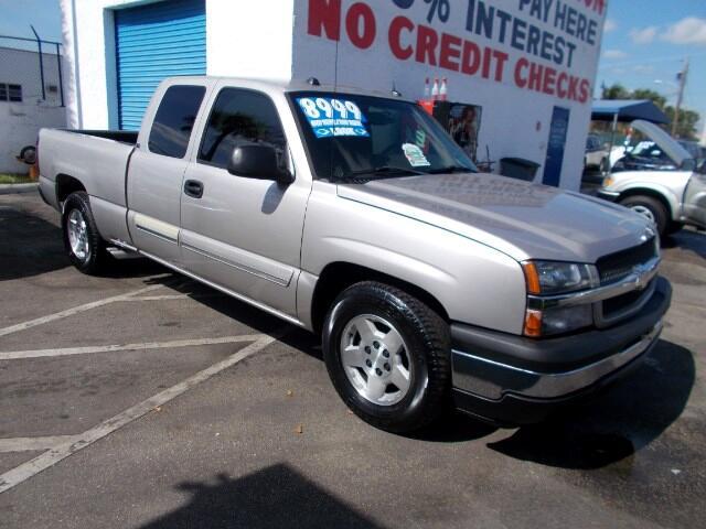 2005 Chevrolet Silverado 1500 LS Ext. Cab Short Bed 2WD