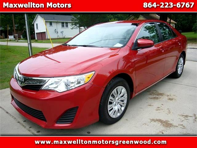 2013 Toyota Camry 4dr Sdn LE Auto (Natl)