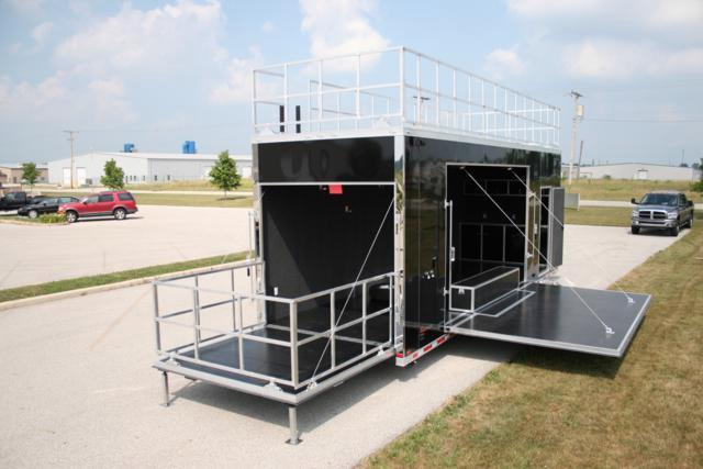 2018 Intech Trailers Custom 28ft CUSTOM STAGE VENDER TRAILER