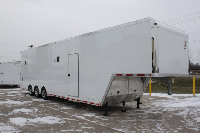 2017 Intech Trailers Gooseneck