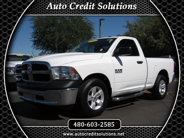 2014 RAM 1500 This 2014 Ram 1500 Tradesman includes 6 speakers a media hub UConnect AC power steer
