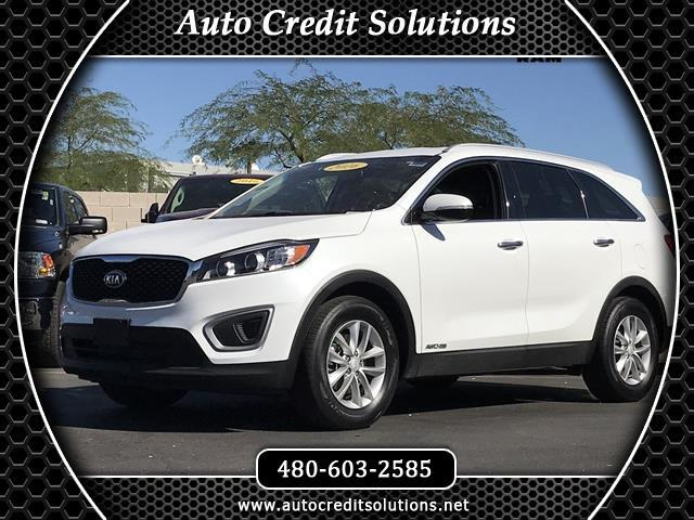 2016 Kia Sorento This 2016 Kia Sorento LX series is a Certified Pre - Owned vehicle which includes