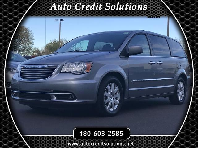 2014 Chrysler Town  Country Billet Silver Metallic Clearcoat 2014 Chrysler Town  Country FWD 4D P