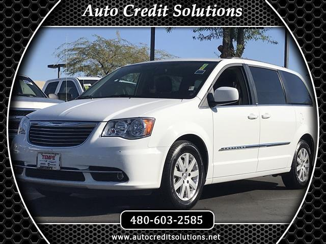 2014 Chrysler Town  Country New PriceBright White Clearcoat 2014 Chrysler Town  Country FWD 4D Pa