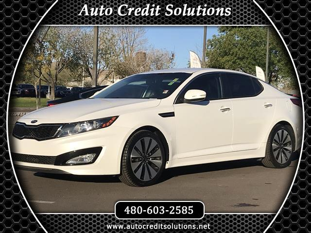 2012 Kia Optima Snow White Pearl 2012 Kia Optima FWD 4D SedanCARFAX One-Owner Clean CARFAX Odomet