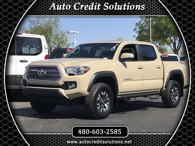 2016 Toyota Tacoma Recent ArrivalThis Tan 2016 Toyota Tacoma V6 4WD 4D Double Cab includes -- a bl