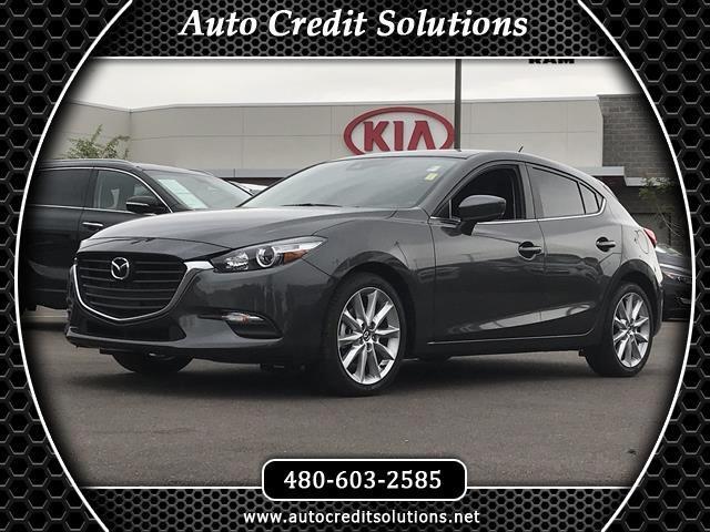 2017 Mazda MAZDA3 Recent ArrivalThis machine gray metallic 2017 Mazda Mazda3 FWD 4D Hatchback incl