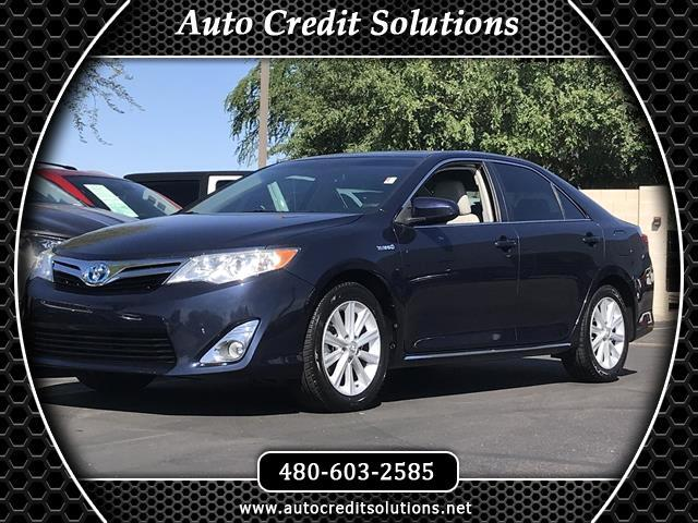 2014 Toyota Camry Hybrid Recent ArrivalThis Parisian Night Pearl 2014 Toyota Camry FWD 4D Sedan in