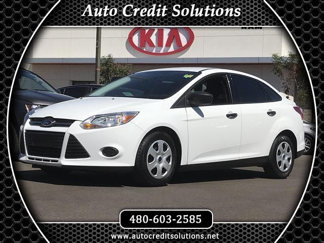 2012 Ford Focus Recent ArrivalThis White 2012 Ford Focus FWD 4D Sedan includes - 4 speakers an AM