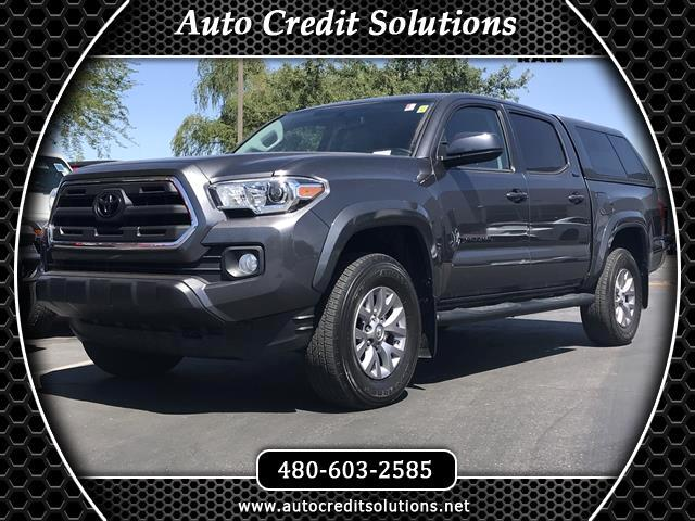 2017 Toyota Tacoma This 2017 Toyota Tacoma SR5 V6 RWD has a Clean One-Owner CARFAX 1924mpgFeature
