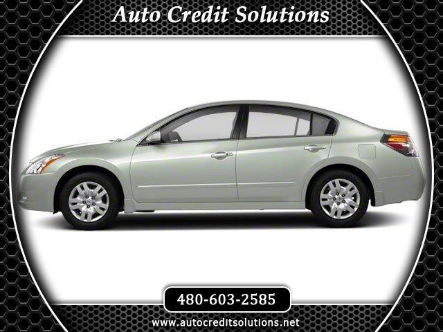 2012 Nissan Altima Winter Frost Pearl 2012 Nissan Altima FWD 4D SedanOdometer is 18278 miles below
