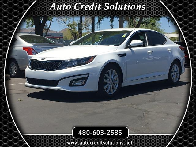 2015 Kia Optima This 2015 Kia Optima EX in Snow White Pearl has a Clean One-Owner CARFAX with an Od