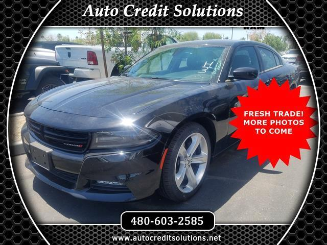 2017 Dodge Charger This 2017 Dodge Charger RT has a Clean CARFAX and gets 1625mpgHEMI 57L V8 Mul