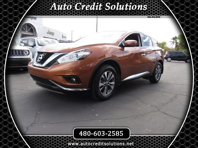 2015 Nissan Murano This 2015 Nissan Murano SL series includes blind - spot warning a power liftgate
