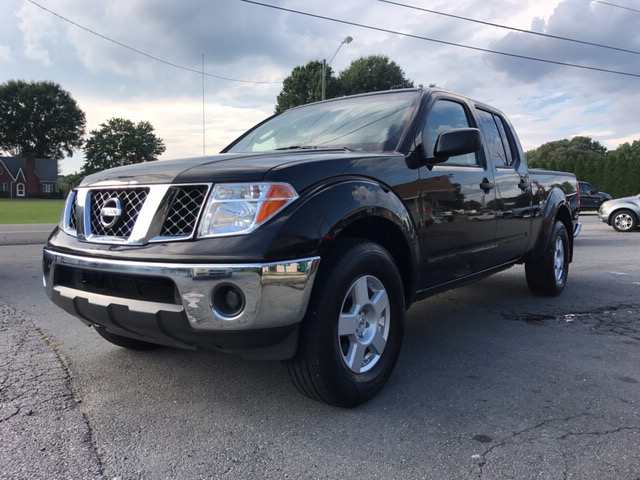 2007 Nissan Frontier SE Crew Cab Long Bed 4WD