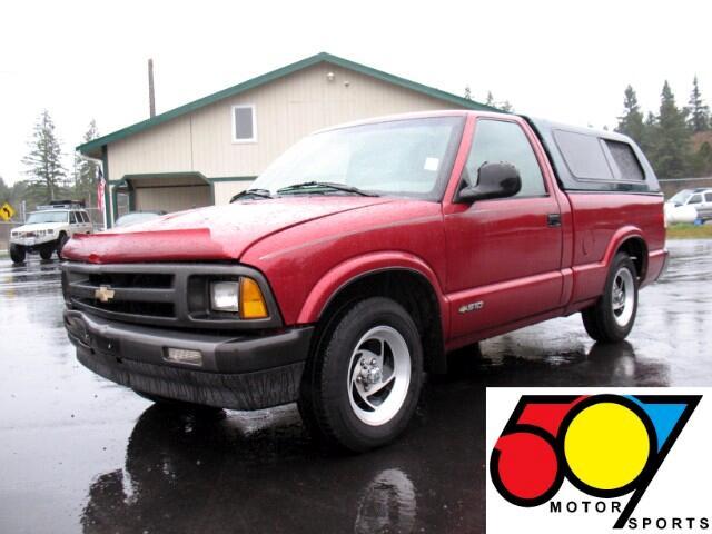 1995 Chevrolet S10 Pickup Reg. Cab Short Bed 2WD
