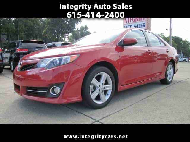 2014 Toyota Camry SE 6-Spd AT