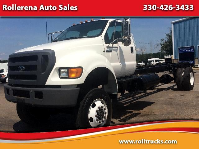 2004 Ford F-650 Regular Cab 4WD DRW