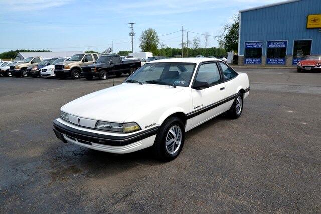 1989 Pontiac Sunbird LE Coupe