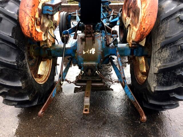 1972 Ford Tractor 2000