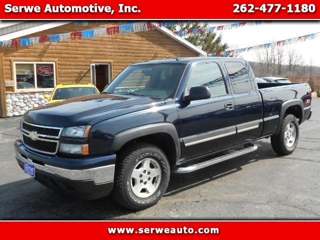 2007 Chevrolet Silverado Classic 1500 LT1 Ext. Cab Long Box 4WD