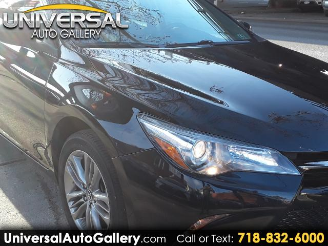 2016 Toyota Camry SE 5-Spd AT