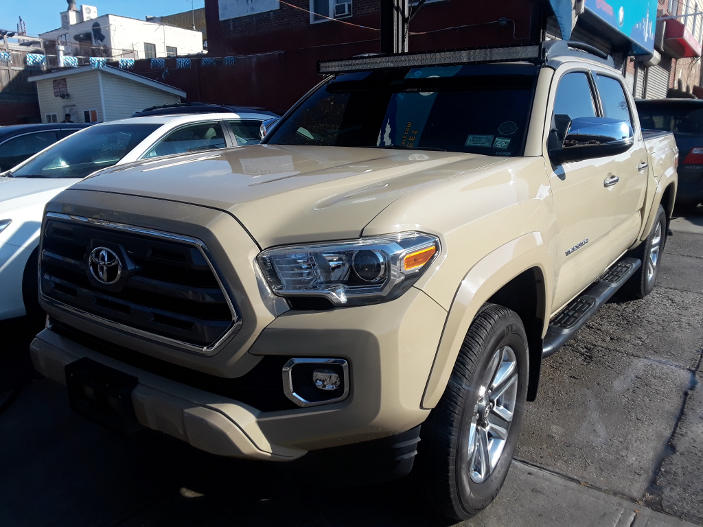used 2016 toyota tacoma limited double cab v6 6at 4wd for sale in brooklyn ny 11232 universal. Black Bedroom Furniture Sets. Home Design Ideas