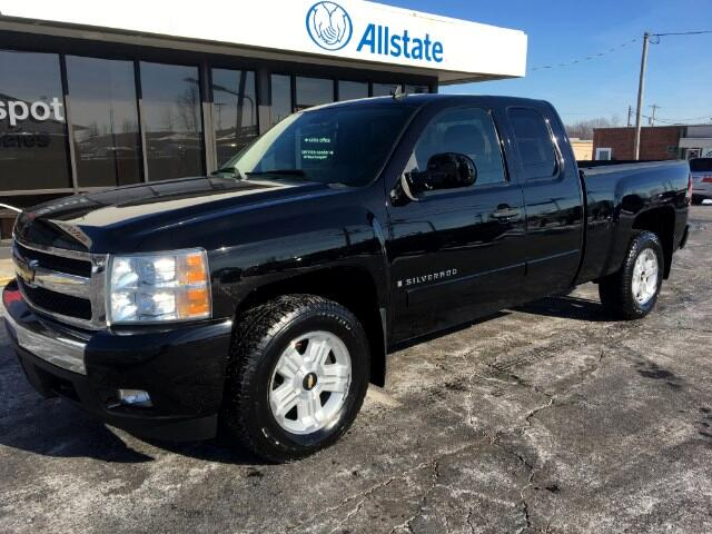 2007 Chevrolet Silverado 1500 LT1 Ext. Cab Short Box 4WD