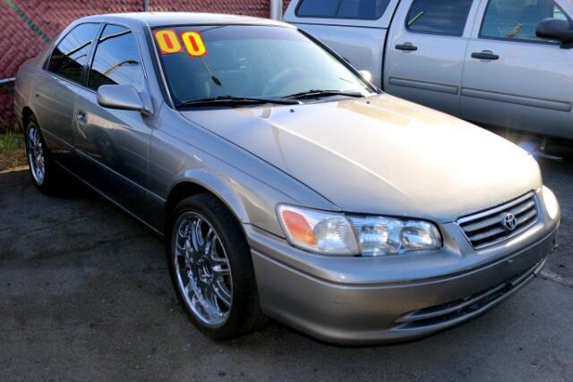 Used Cars in Las Vegas 2000 Toyota Camry
