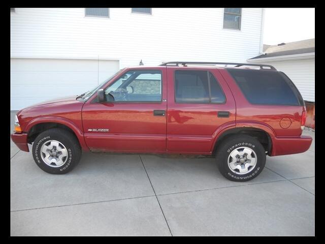 2002 Chevrolet Blazer 4-Door 4WD LS