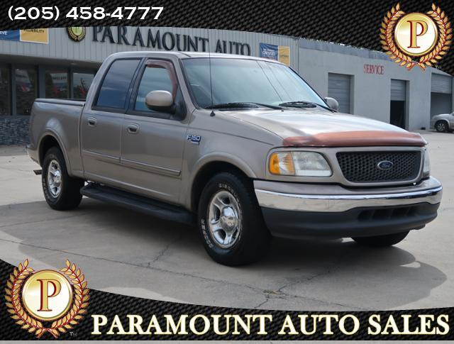 "2001 Ford F-150 2WD SuperCrew 139"" Lariat"