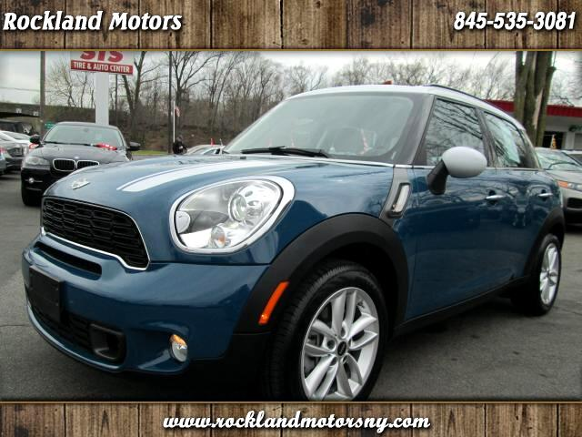2012 MINI Countryman DISCLAIMER WE MAKE EVERY EFFORT TO PRESENT INFORMATION THAT IS ACCURATE HOWEV
