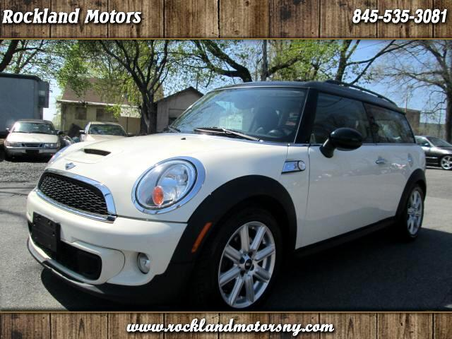 2011 MINI Clubman DISCLAIMER WE MAKE EVERY EFFORT TO PRESENT INFORMATION THAT IS ACCURATE HOWEVER