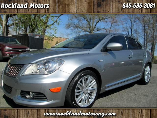 2012 Suzuki Kizashi DISCLAIMER WE MAKE EVERY EFFORT TO PRESENT INFORMATION THAT IS ACCURATE HOWEVE