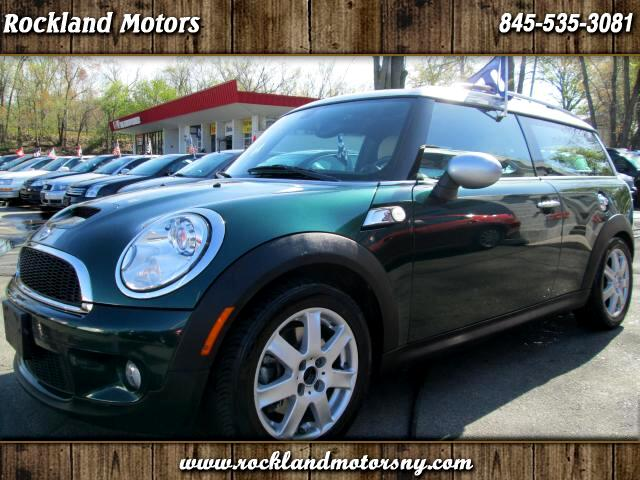 2009 MINI Clubman DISCLAIMER We make every effort to present information that is accurate However