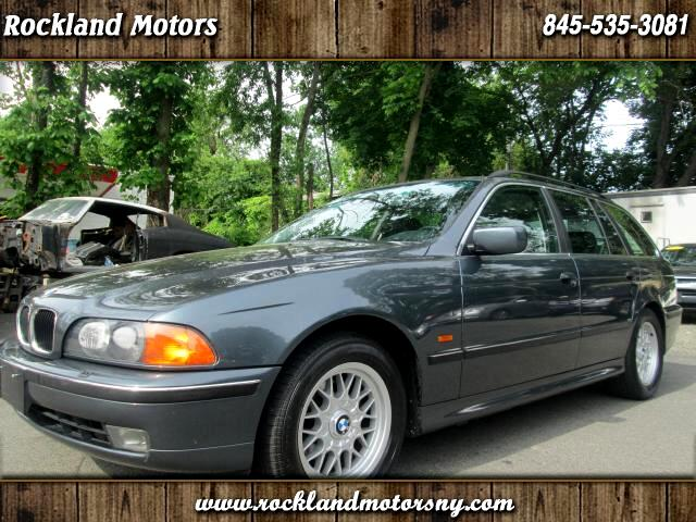 1999 BMW 5-Series Sport Wagon DISCLAIMER We make every effort to present information that is accura