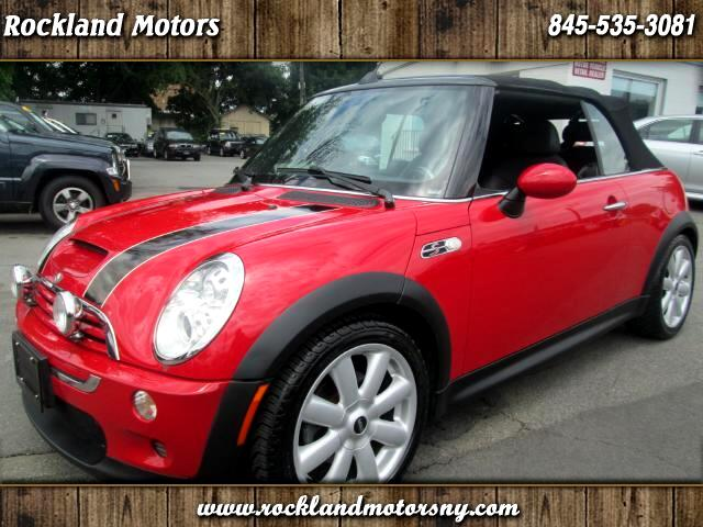 2007 MINI Cooper DISCLAIMER We make every effort to present information that is accurate However i