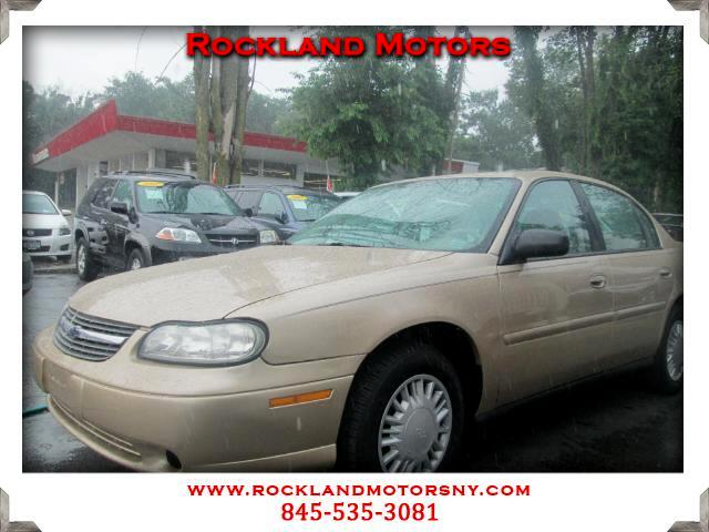 2005 Chevrolet Classic CLEAN CARFAX DISCLAIMER We make every effort to present information th