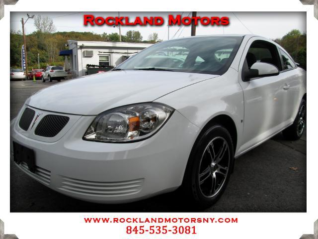 2009 Pontiac G5 DISCLAIMER We make every effort to present information that is accurate However it