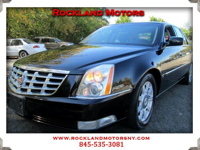 2008 Cadillac DTS  CLEAN CARFAX  DISCLAIMER We make every effort to present information that