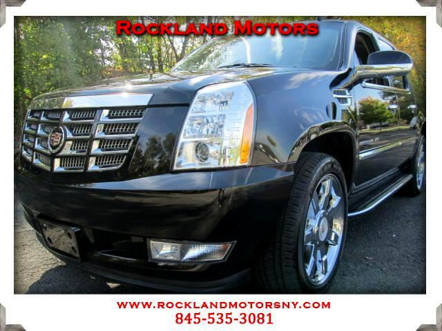 2011 Cadillac Escalade  1 OWNER CLEAN CARFAX  DISCLAIMER We make every effort to present info