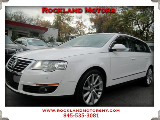 2008 Volkswagen Passat Wagon DISCLAIMER We make every effort to present information that is accurat