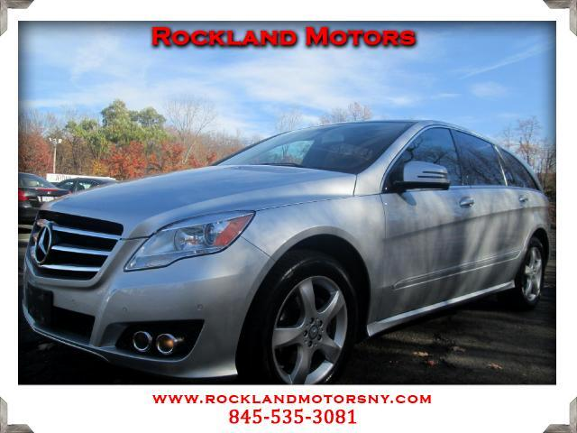 2011 Mercedes R-Class DISCLAIMER We make every effort to present information th