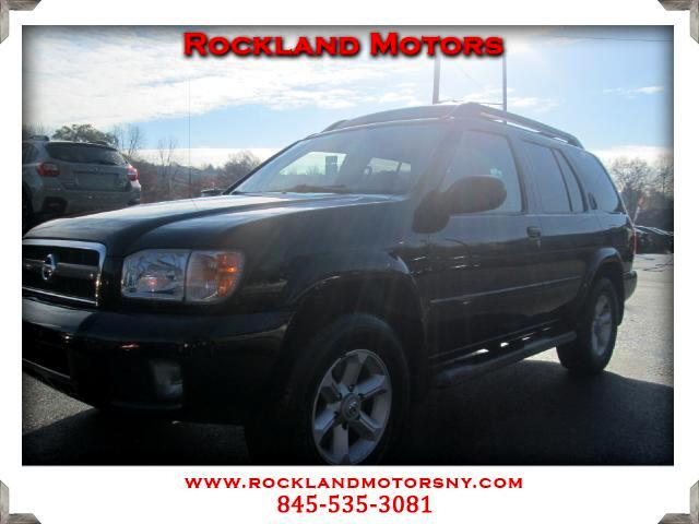 2004 Nissan Pathfinder DISCLAIMER We make every effort to present information t