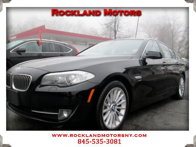 2011 BMW 5-Series DISCLAIMER We make every effort to present information that i