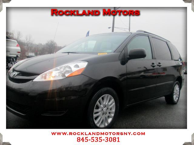 2008 Toyota Sienna DISCLAIMER We make every effort to present information that is accurate However