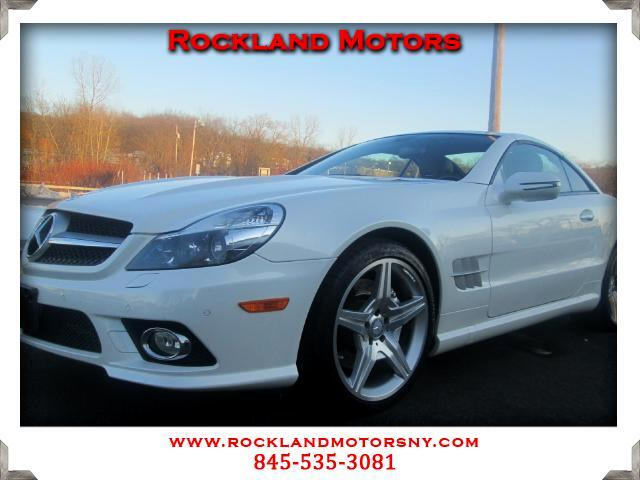 2011 Mercedes SL-Class DISCLAIMER We make every effort to present information that is accurate How