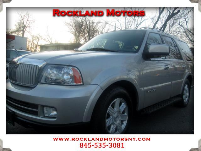 2005 Lincoln Navigator DISCLAIMER We make every effort to present information that is accurate How