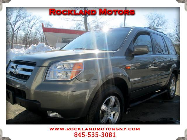 2007 Honda Pilot DISCLAIMER We make every effort to present information that is accurate However i