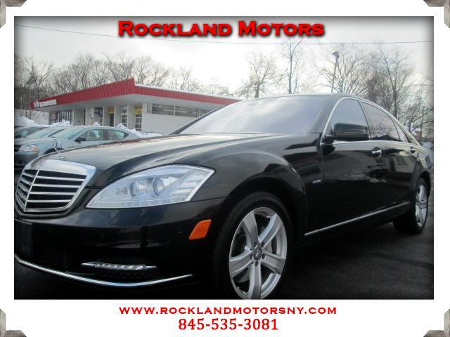 2012 Mercedes S-Class DISCLAIMER We make every effort to present information that is accurate Howe